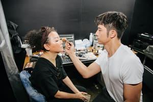 彩妝師的一天:小凱 張景凱專訪