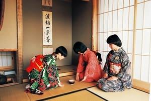 從茶聖千利休入門的日式美學 -- 侘寂 Wabi-sabi