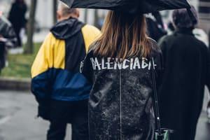 自命清高的時尚品牌為何拋下成見和電商攜手聯名?