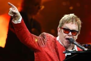 華麗而風騷的男歌手:強叔 Elton John