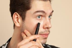 為何男妝市場節節攀升?男顏經濟崛起