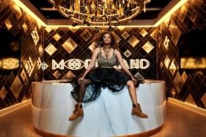 模特圈裡商業地位最高的黑人女性——最近爭議不斷的傳奇超模 Tyra Banks 的生意頭腦與 girl power
