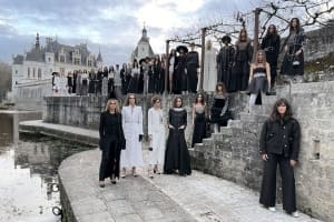 |Wazaiii 時尚郊遊去|2021 Chanel 香奈兒 Métiers d'art 工坊系列帶女人穿越時空,感受美,享受做自己的主人