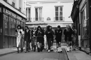 |Wazaiii 看秀零時差|G-Dragon、Jennie 倒數法式街頭俱樂部大秀!沒有女孩會拒絕 CHANEL 香奈兒的巴黎式時尚。