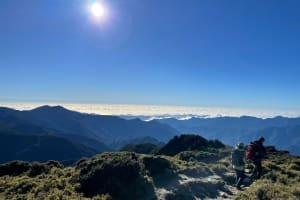|劉欣瑜旅遊攝影專欄|—首座百岳登台東秘境嘉明湖,展開一趟 Wazaiii 心遊記