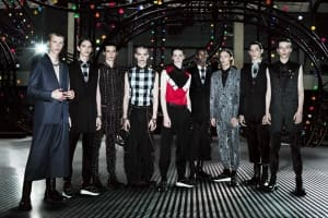 """""""如果村上隆、草間彌生與Louis Vuitton的合作是在推廣品牌知名度,那麼Dior Homme與龜井徹便是品牌深度的展現"""""""